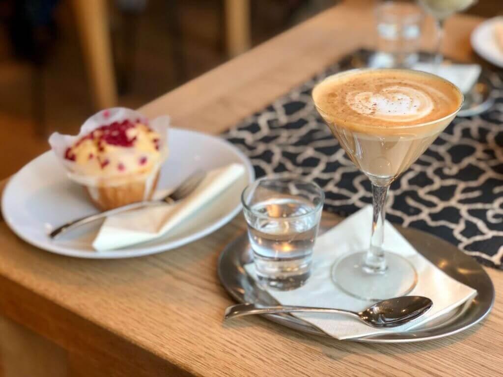 Hôm nay bạn đã Kaffee und Kuchen chưa?